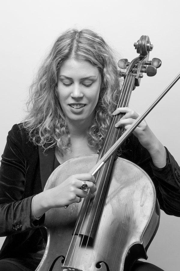 Ioanna Seira