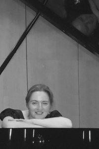 Olga Papikian Nadasi